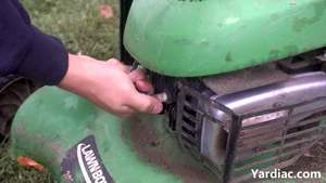 how to change lawn mower spark plug 1